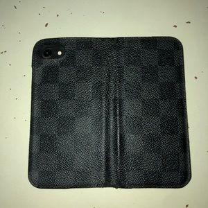 Louis Vuitton 100% authentic phone wallet